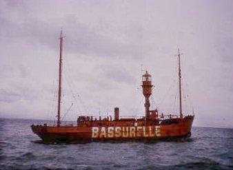 bassurelle01200.jpg